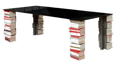 moco-ex-libris-table-book-shelf